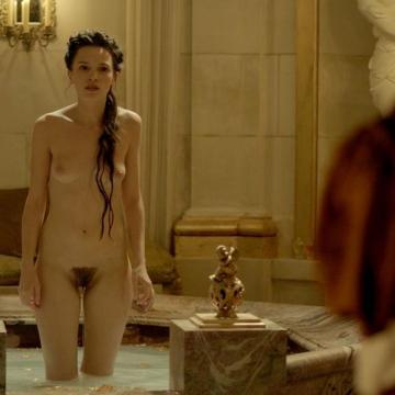 Anna Brewster Nude
