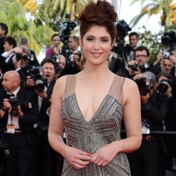 Gemma-Arterton-hand-picked-nude-photos-photo-16