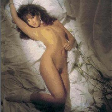 Jaclyn Smith  nackt