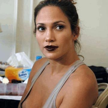 Nuda jennifer lopez Jennifer Lopez