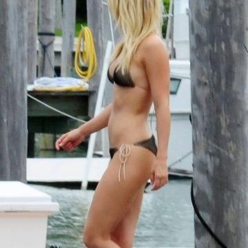 Julianne-Hough-free-nude-photos-exposed-012