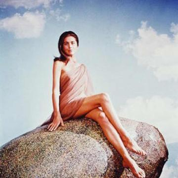 linda-harrison-topless-photo-3