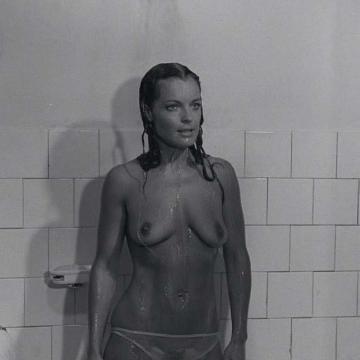 Naked romy schneider Romy Schneider