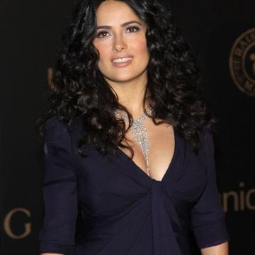 best-naked-pics-of-Salma-Hayek-nude-0765