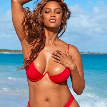Tyra-Banks-nude-Finest-Naked-Pictures-photo-1158