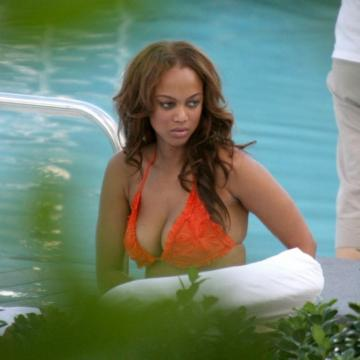 Tyra-Banks-nude-Finest-Naked-Pictures-photo-1176