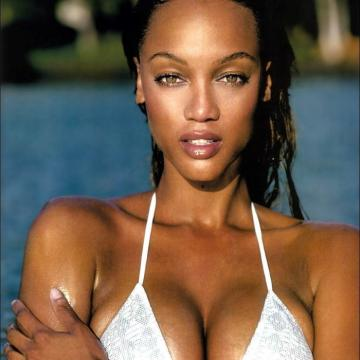 Tyra-Banks-nude-Finest-Naked-Pictures-photo-1227