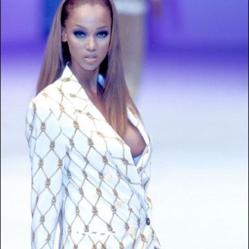 Tyra-Banks-nude-Finest-Naked-Pictures-photo-2474