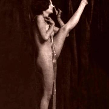 Barbara Stanwyck  nackt