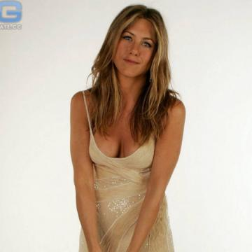 Jennifer-Aniston-nude-photos-230