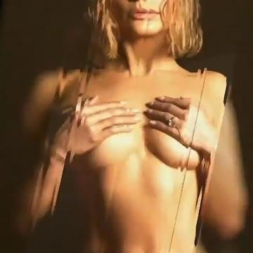 Jennifer-Lopez-nude-photos-34