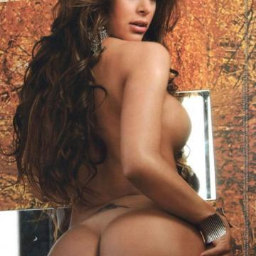 Larissa-Riquelme-huge-naked-collection-37