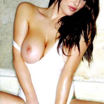 Lucy-Pinder-huge-naked-collection-38
