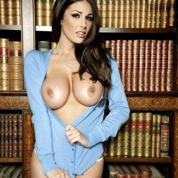 Lucy-Pinder-huge-naked-collection-885